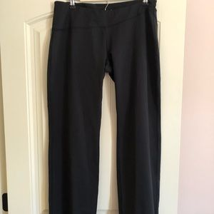 Brooks relaxed fit yoga/workout/lounge pant